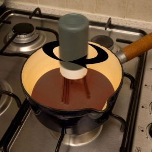 Caraselle Auto Stirrer - Ideal for Busy Kitchen Whizzes!
