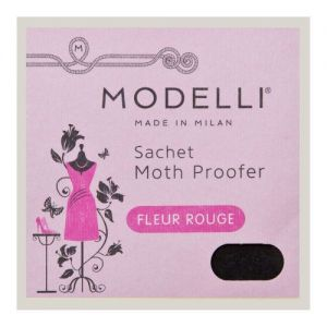 4 Modelli Moth Protector 'Fleur Rouge' Sachets by Acana