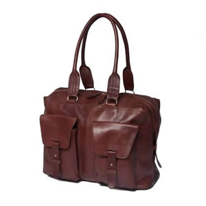 Deluxe Saccoo Soft Brown Leather Luxury Weekend Travel Bag 45 x 16 x 38 cms. Designed by JanPaul Bosboom in the Netherlands