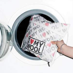 """I Love My Wool"" Microfibre Wash Bag, 35 x 30cm"