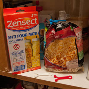 Zensect Anti Food Moth with 3 x Free Food Bag Clips