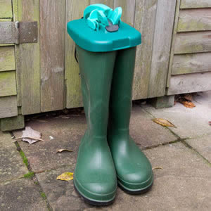 Caraselle WelliTop Clip On Cover for Wellies. The modern way to store Wellie Boots.