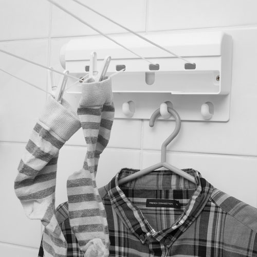 caraselle clip hangers indoor retractable clothes line. Black Bedroom Furniture Sets. Home Design Ideas
