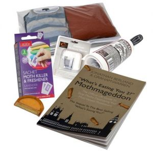 Caraselle Knitwear Care Pack with Lint Roller,Defuzzer Shaver & Comb,Sweater Bag & Moth Killer Sachet & Moth Book