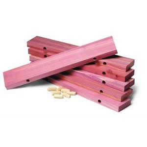 Woodlore Cedar Shoe Rack Extenders 30x5x1.6cm from Caraselle